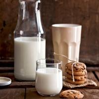 Краве пълномаслено прясно мляко